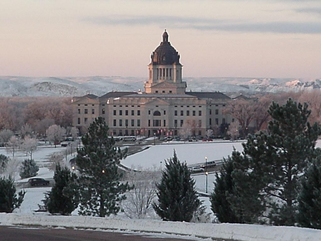 south-dakota-state-capitol-building-pierre
